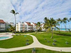 Amazing 3 bdrm Beachfront Condo 0