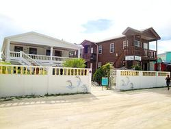 Caye Caulker Hotels, Resorts
