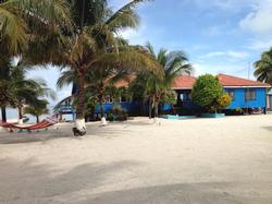 Dangriga Hotels, Resorts